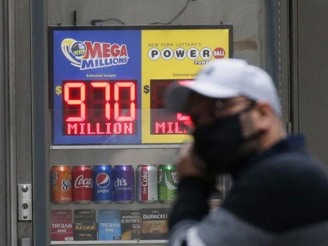 Single Michigan ticket wins $1B Mega Millions jackpot