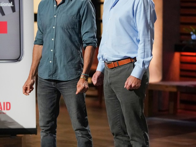 'Shark Tank' recap: Hungry sharks circle around mail-in knife sharpening business