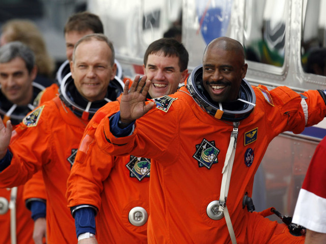 From The NFL To Outer Space, Andrew Luck's Retirement, Clemson's $2 Bills