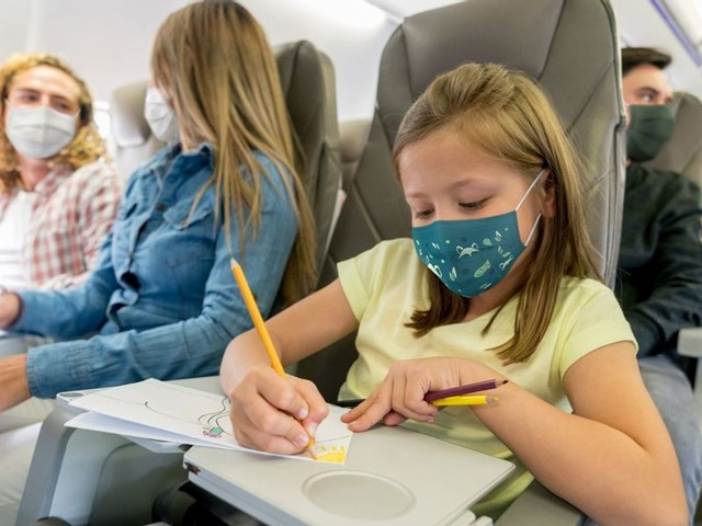 How to Use Covid-19 Testing and Quarantining to Safely Travel For the Holidays