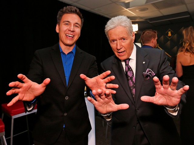Alex Trebek on pancreatic cancer battle: 'It's wearing on me ... but I just have to stick with it'