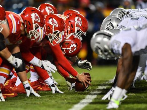 Thursday Night Football Breakdown: Chiefs And Raiders Look To Rebound In AFC West Rivalry