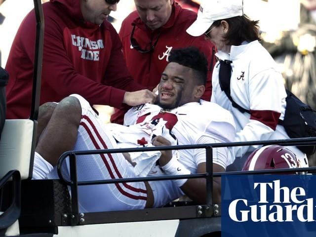 Alabama star Tua Tagovailoa out for season with dislocated right hip