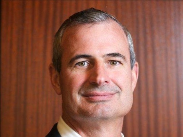 Dr. Michael Ujhelyi named associate dean for the Orlando campus