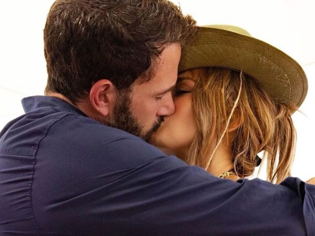 Jennifer Lopez Makes Relationship With Ben Affleck Official on Her 52nd Birthday