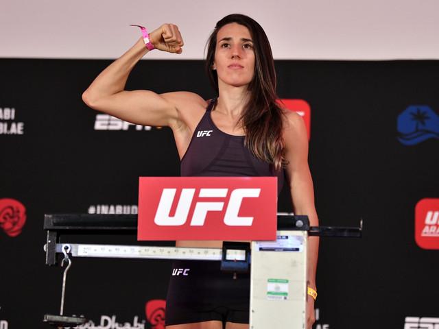 UFC 257: Marina Rodriguez Destroys Amanda Ribas With Stunning TKO