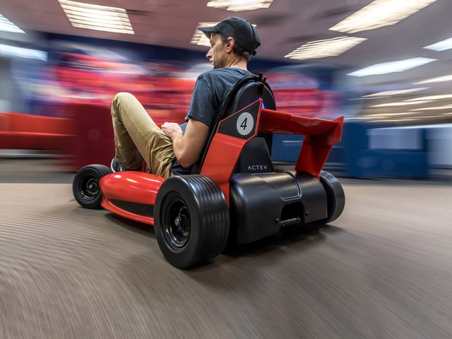 Stuff We Drifted in Our Office: Actev Arrow Electric Go-Kart Tested