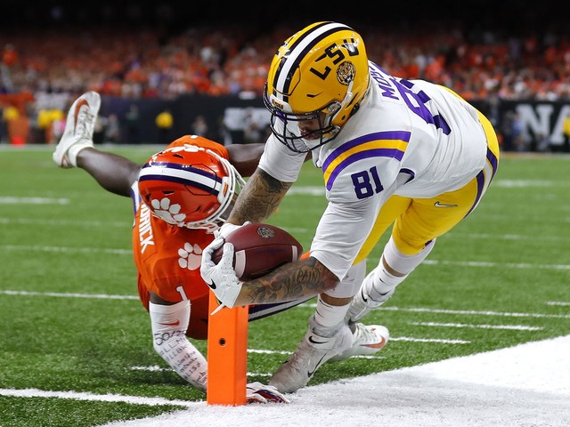 Thaddeus Moss gets a little revenge for his dad, Randy, as Clemson got Mossed by LSU