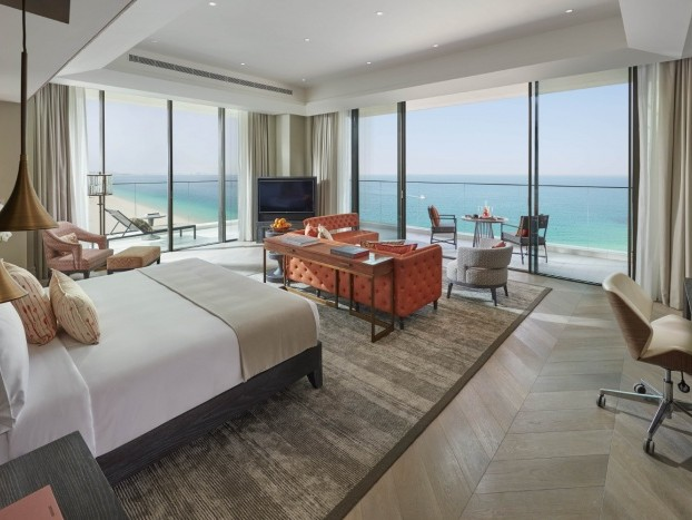 News: Mandarin Oriental Jumeira, Dubai, opens to guests