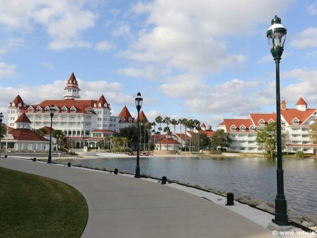 10 Ways to Up Your Disney Resort Game