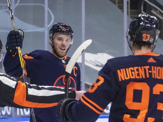 Connor McDavid has hat trick, Oilers beat Canucks 5-2