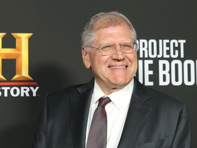 Robert Zemeckis in talks to make a live-action Pinocchio movie, which sounds about right