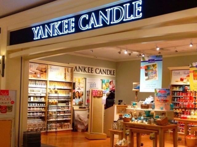 Yankee Candle: BOGO Free Medium Candles + $10 Sweet Honeycomb Large Jar Candle