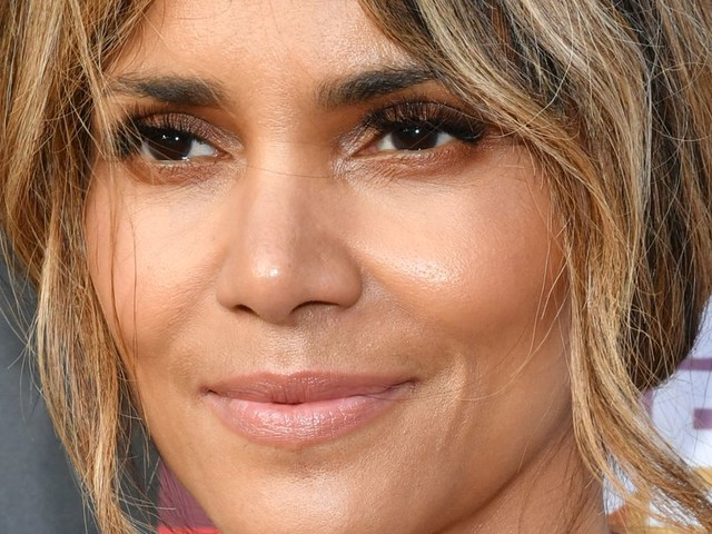 Halle Berry injured during fight scene on MMA movie 'Bruised'