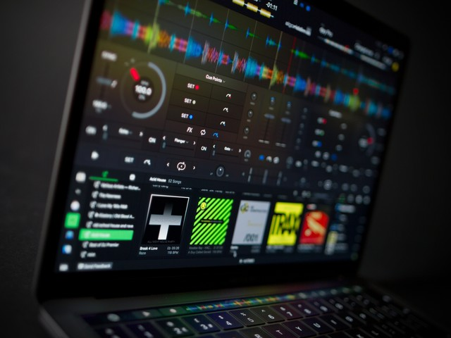djay Pro 2 brings algorithms and machine learning to DJing