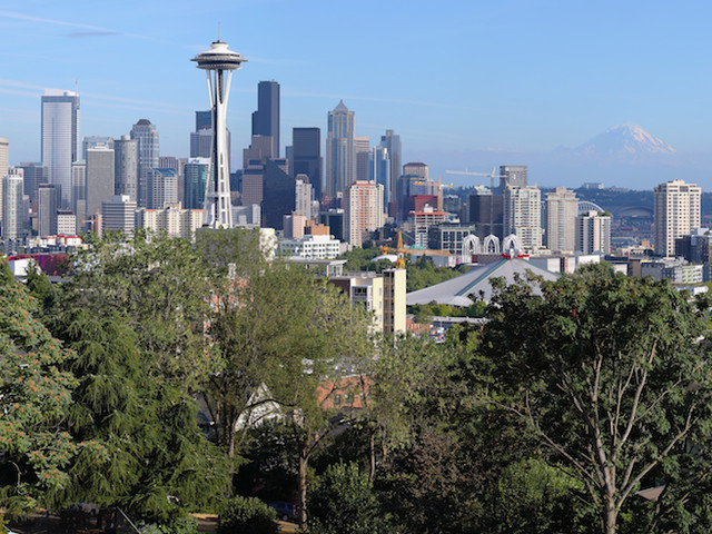 Seattle passes sweeping short-term rental laws, limits Airbnb hosts to two units