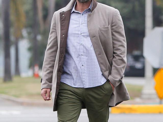 Ben Affleck announces a year sober, he's using 'a number of treatment & wellness methods'