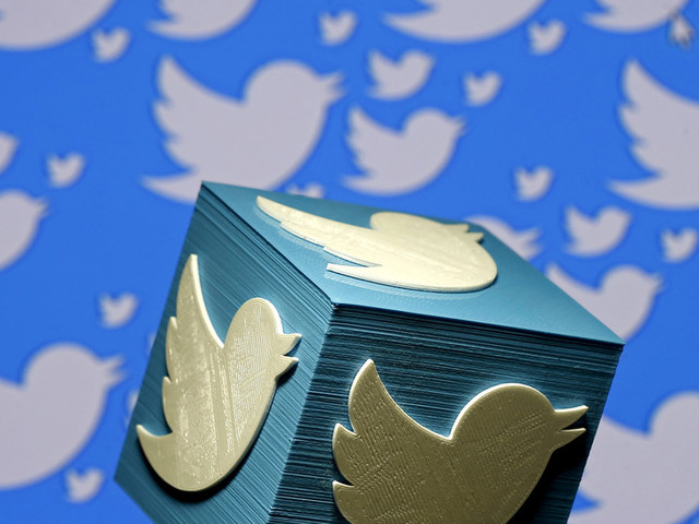 Twitter's 'ban' on political ads has a gaping, legacy media-shaped loophole