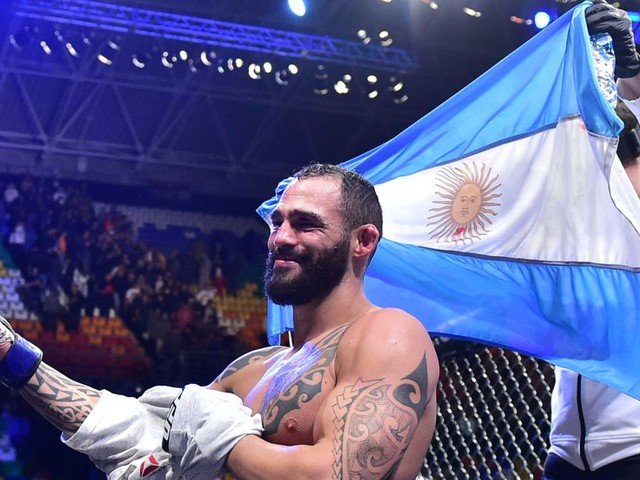 Ponzinibbio calls out Pettis: 'Come get this beating'