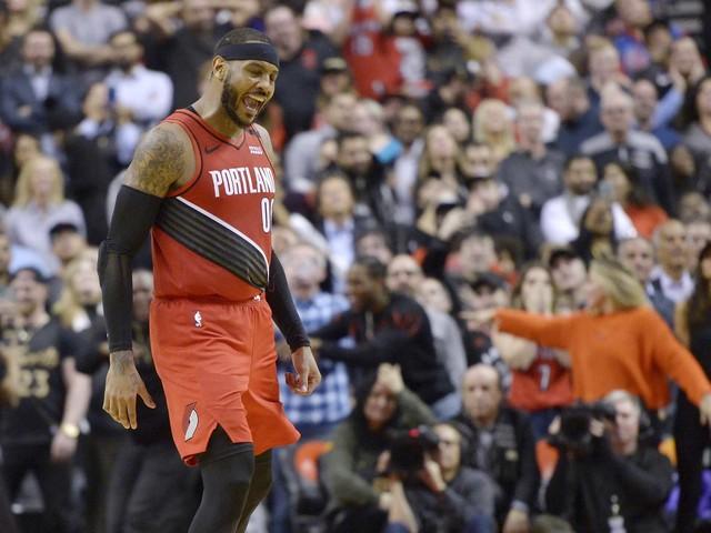 Carmelo Anthony scores winning basket, Blazers beat Raptors 101-99