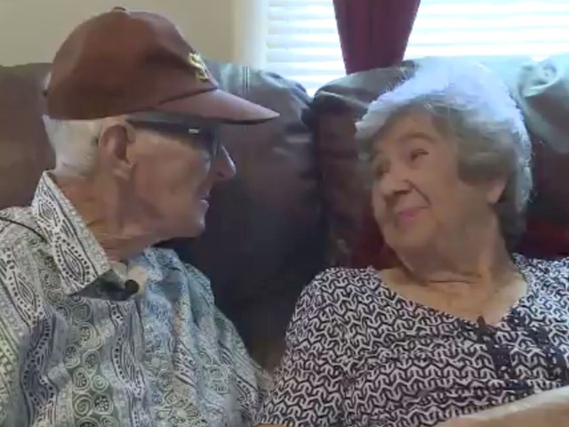 'Amazing Love Story': Couple Married For 71 Years Dies On The Same Day