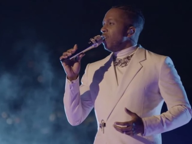 Leslie Odom Jr.'s Stunning Oscars Performance Was Just What We Needed to Soothe Our Souls