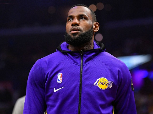 LeBron James' voting rights group is paying fines for convicted felons so they can vote in Florida
