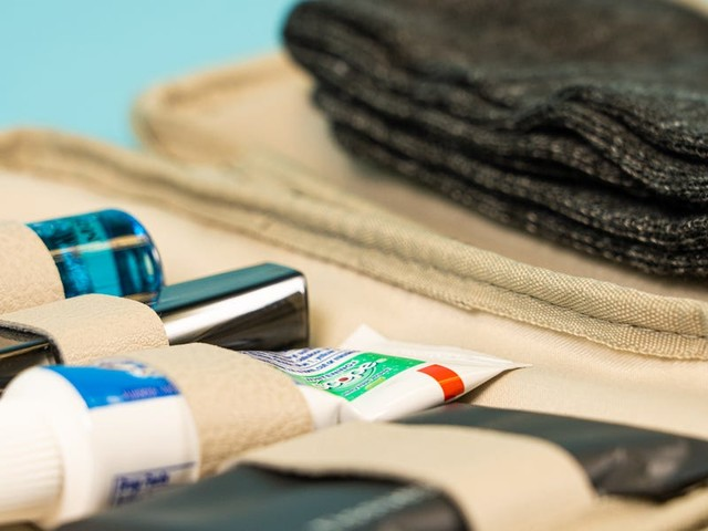 Take a look at the luxurious amenity kits you get when you fly with US airlines in first class, business, premium economy, and coach