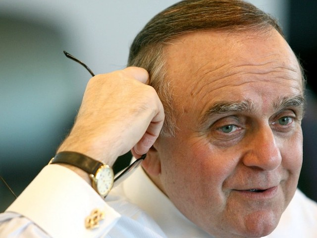 Leon Cooperman says he'll back Mike Bloomberg's presidential bid amid ongoing feud with Elizabeth Warren