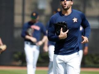 Springer heckled as Astros continue spring boobird swing