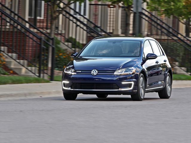 2017 Volkswagen e-Golf Test: Upgraded EV