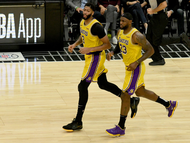 Purple & Bold: Lakers are on a joy ride, but prepared for anything