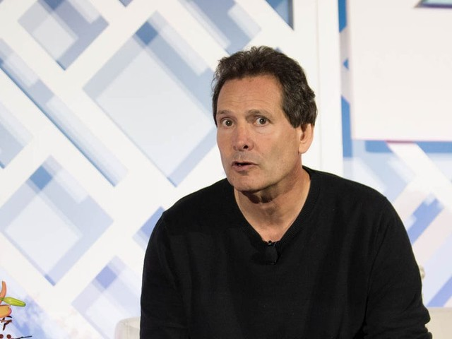 PayPal plans to acquire shopping and deal-hunting platform Honey for $4 billion, its largest acquisition to date.