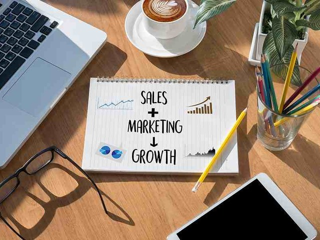 How to Improve Sales & Marketing Alignment & Why It Matters