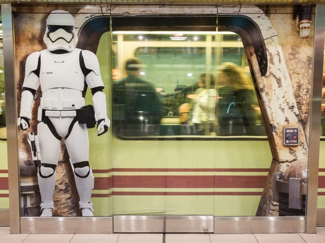 Get a Preview of Star Wars: Galaxy's Edge With New Artwork at Orlando International Airport