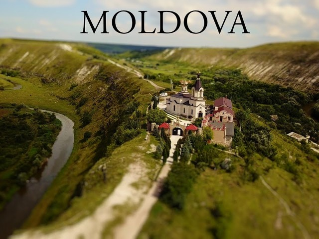 Little Big World: The Beauty of Moldova Captured in Miniature