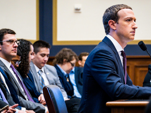 Campaigns Pressure Facebook to Stay Put on Political Ads