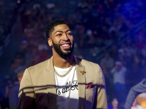 Los Angeles Lakers Deal For Anthony Davis In Major Move To Help LeBron