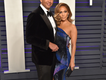 JLo & A-Rod Put Their Wedding 'On Pause' For Now, But Buying The Mets Is Still A Go