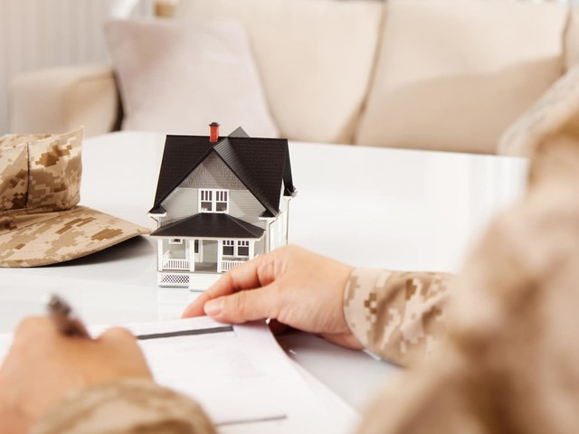 A bridge loan may be the support you need to transition homes