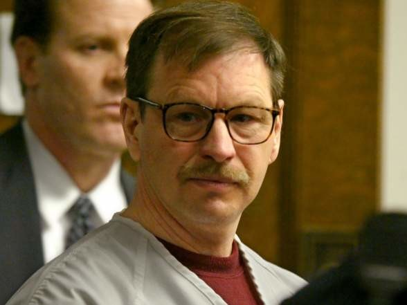 Gary Ridgway, the Green River Killer: 5 Fast Facts You Need to Know