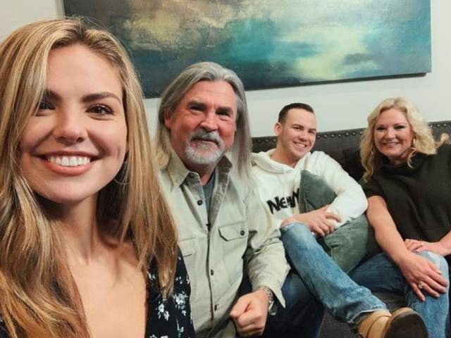 Hannah Brown's Parents & Family: 5 Fast Facts You Need to Know