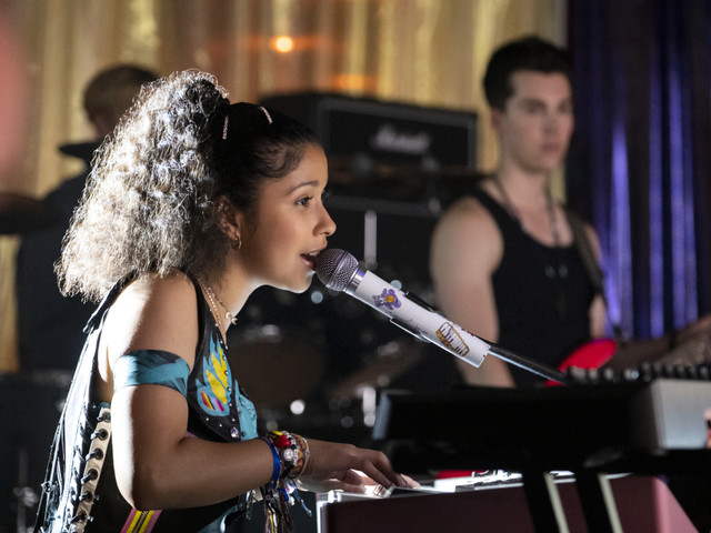Why 'Julie and the Phantoms' Star Madison Reyes Is Inspired by Zendaya (Watch)