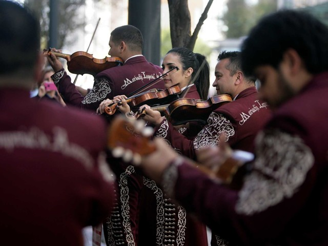 UH will welcome Mariachi Pumas this fall