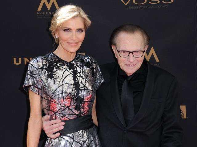 Larry King's Widow Hits Back at 'Barely Legible' Will