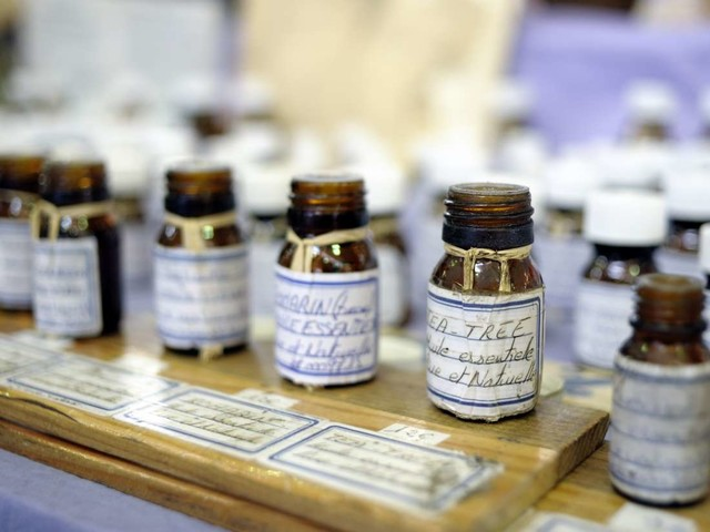 Medical News Today: Everything you need to know about essential oils