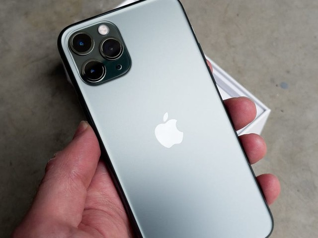 I bought a refurbished iPhone 11 Pro from Apple for $150 less than the latest iPhone 12 Pro, and it's completely flawless