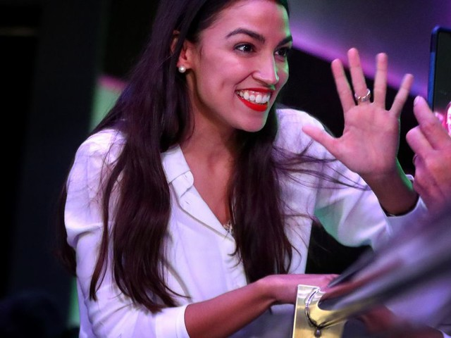 Rep. Ocasio-Cortez is going to teach Democrats how to be more popular on Twitter