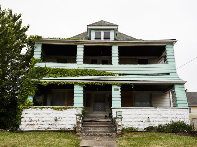 Zombie Homes Haunt Cleveland's Suburbs A Decade After Housing Market Collapse
