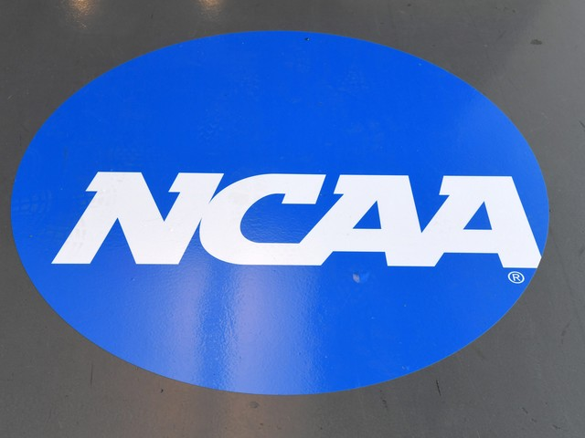 Opinion: Resolution to NCAA's athlete compensation issue moving at predictably slow pace